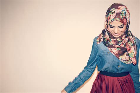 blogger hijab one on one conversation with haute hijab it girl farah