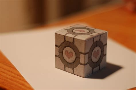 Papercraft Companion Cube - companion cube papercraft thingsiknow net