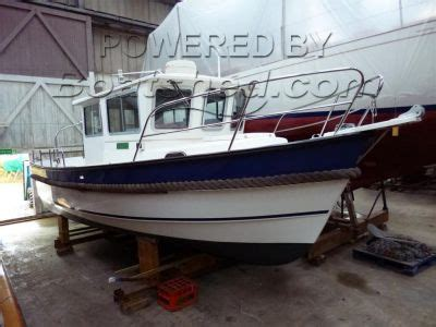 fishing boat wheelhouse for sale hardy fishing 24 extended wheelhouse for sale 7 31m 2000