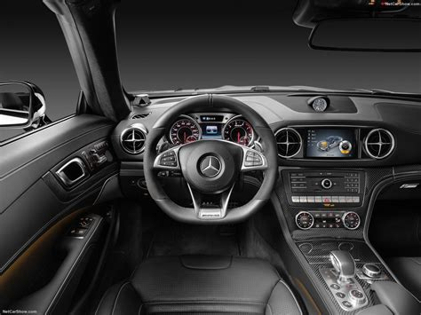 Mercedes Benz Sl63 Amg 2017 Picture 34 Of 39