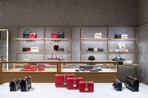 Get Excited With Valentino Boutique Opening by Glamshops Visual Merchandising Shop Reviews Valentino