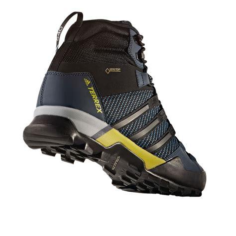 Adidas Sport Terrex Hitam Merah Sneaker Sporty adidas terrex scope mens blue black waterproof tex walking hiking shoes ebay