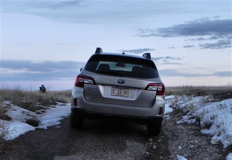 subaru outback snow driving in snow with a 2015 subaru outback autos post