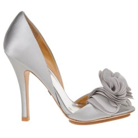 Silberne Hochzeitsschuhe by A Wedding Addict Silver Wedding Shoes