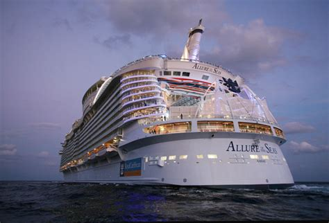 the world s largest cruise ship allure of the seas bei 223 en gedanken the world largest cruise ship