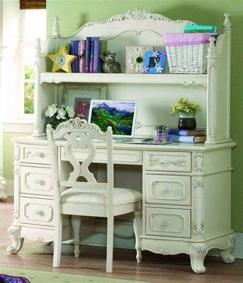 Homelegance Cinderella Bedroom Set | homelegance 1386 cinderella antique white bedroom set on sale