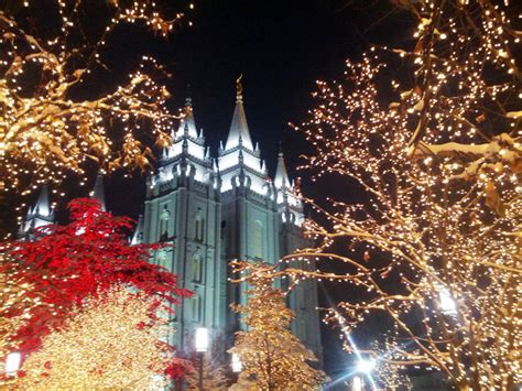 lds living photo gallery temple square lights 2013