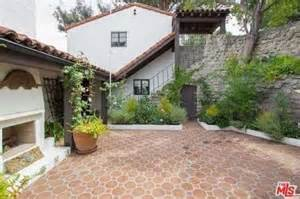 fred durst house fred durst s home photo 2 tmz