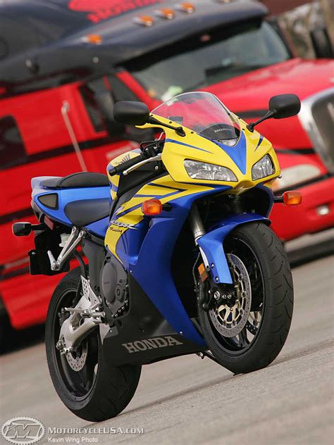 yellow motorcycle 2006 honda cbr1000rr first ride motorcycle usa