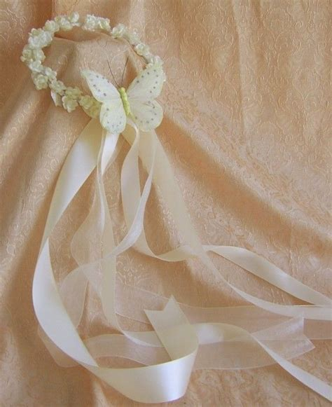 25  best ideas about Flower girl wreaths on Pinterest