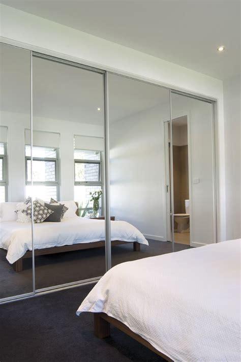 mirrored closet doors sliding best 25 mirrored bifold closet doors ideas on closet door redo closet door bifold