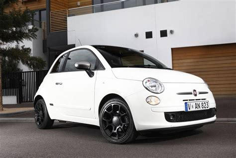 fiat 500s white the 1 millionth fiat 500 rolls the production line