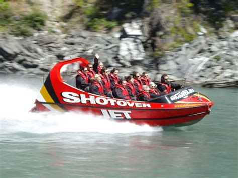 jet boat crash queenstown shotover jet queenstown christchurch daily photo