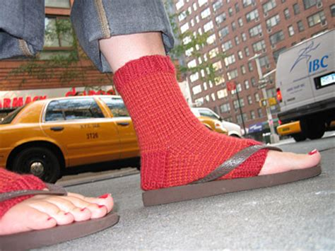 diy toeless socks knitty editorial 06
