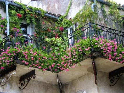 Beautiful Apartment Plants 30 Inspiring Small Balcony Garden Ideas Amazing Diy