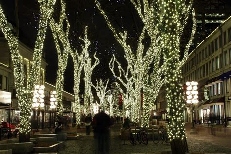 panoramio photo of 2012 boston faneuil hall christmas lights