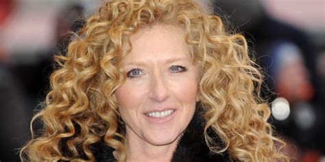 kelly hoppen  dragons den   succeed  strictly