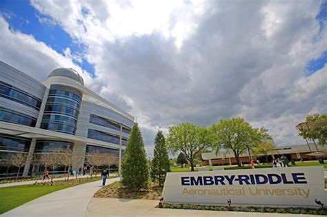 Emery Riddle Mba by Best Value Masters In Business Administration
