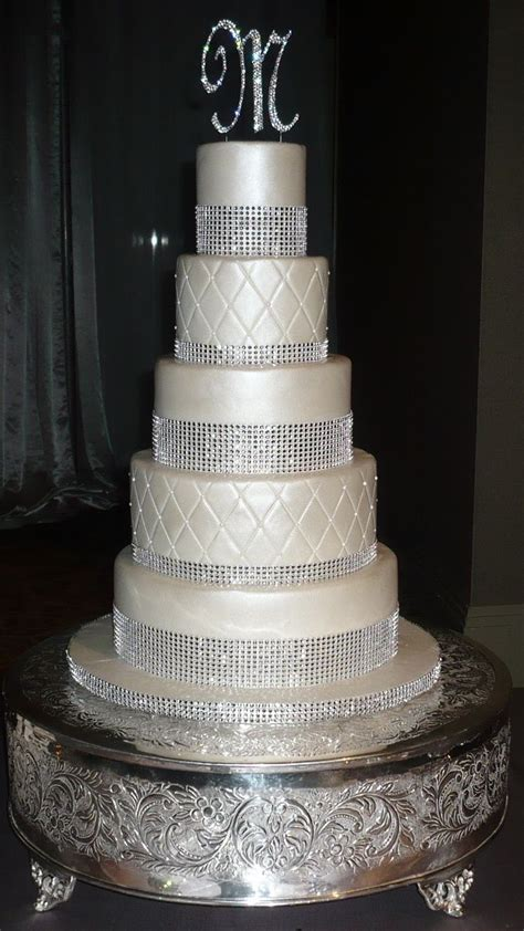 pin by lina robinson on wedding cakes bling wedding cakes wedding cakes wedding cake pearls