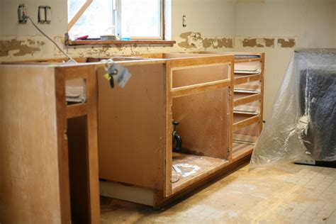 how to paint existing kitchen cabinets kitchen makeover painting oak cabinets step by step
