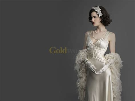 old hollywood on pinterest old hollywood glamour old hollywood pin hollywood glamour dresses old trending on pinterest