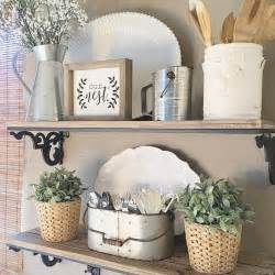 kitchen shelf decorating ideas 25 best ideas about country shelves on