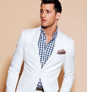 beach wedding mens wear - Summer Wedding Suit Ideas Styling the ...
