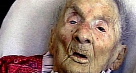 oldest alive living through the world war i and ii world s oldest person celebrates 117th birthday