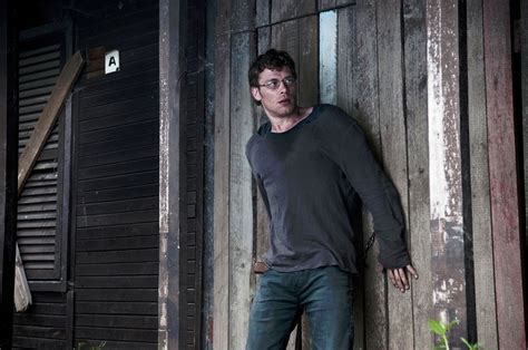 film open grave adalah photo de joseph morgan dans le film open grave photo 2