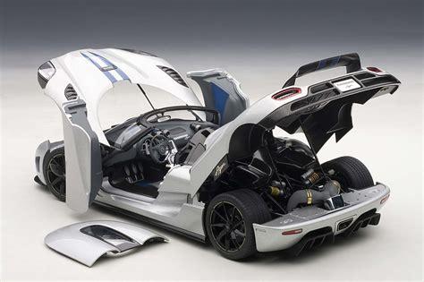 koenigsegg newest model autoart 1 18 scale koenigsegg agera silver eztoys
