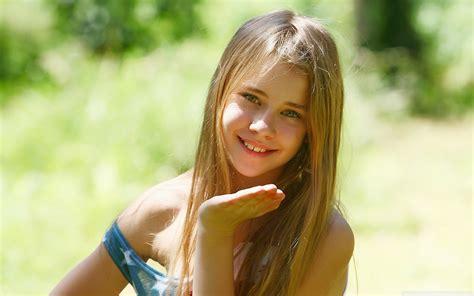 small teen hannaf candydoll hand kiss blonde teen girl 4k hd desktop