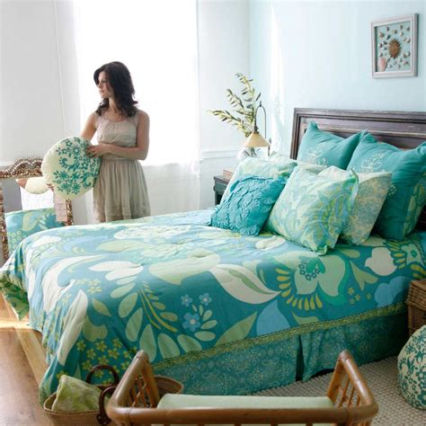 The Amy Butler Dancing Garden Turquoise Bedding Comforter