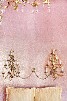 glitter wallpaper in emmerdale glitter wallpaper on pinterest chevron wallpaper pink