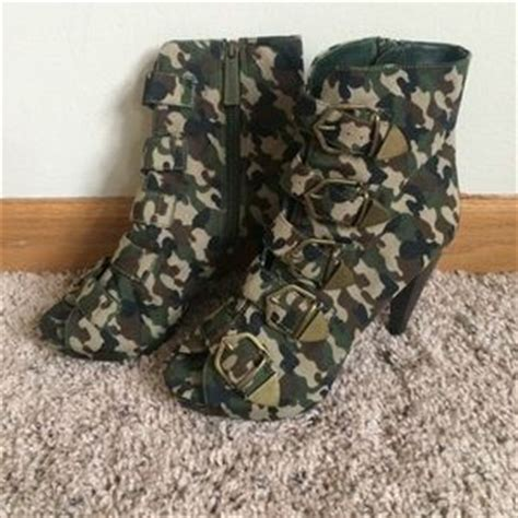 army fatigue sneakers 76 shoes army fatigue camo heels from lauryn s