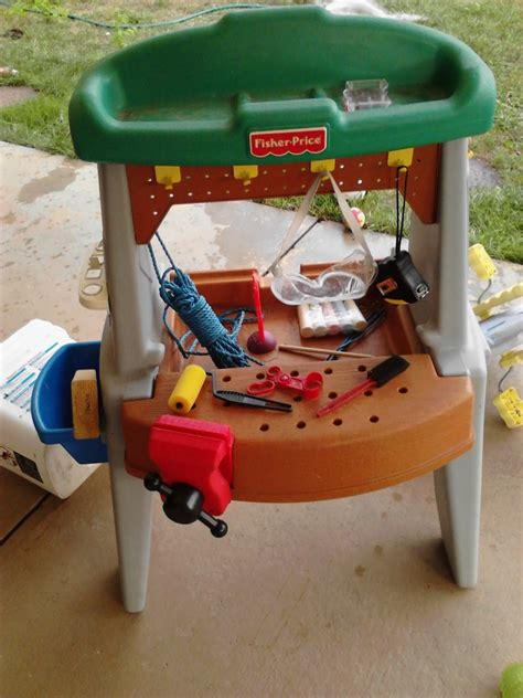 fisher price work bench fisher price tool bench mom s thumb
