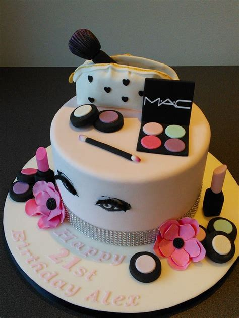 birthday cake for mac cosmetics 21st birthday cake make up bag with pink