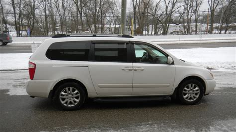 Kia Sedan 2006 2006 Kia Sedona Overview Cargurus