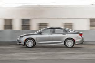 2015 Chrysler 200 Limited Specs 2015 Chrysler 200 Limited Side In Motion Photo 4