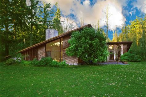 frank lloyd wright usonian home for sale in sammamish tour a frank lloyd wright home in lakewood seattlepi com