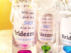 Asking Bridesmaid Ideas Fun Diy Way To Ask Your Bridesmaids Savegreenonwearingwhite