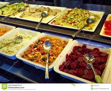 comptoir du frais comptoir 224 salades avec diff 233 rents l 233 gumes frais et d