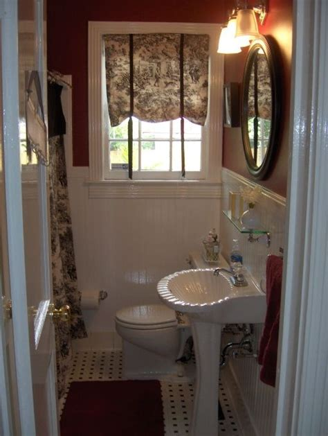 small red bathroom ideas 25 best ideas about red bathrooms on pinterest girl