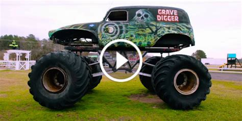 the first grave digger monster truck image gallery original grave digger