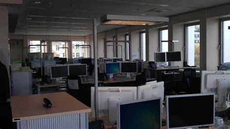 deutsche bank offices interior deutsche bank office photo glassdoor co in