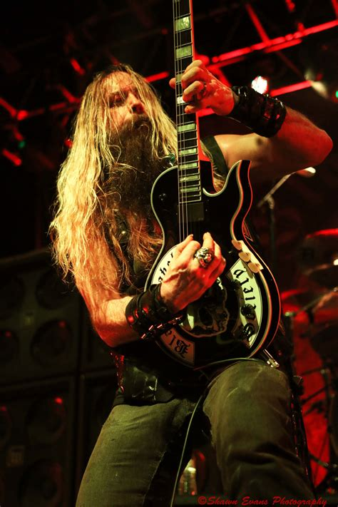 american imagination ai 338 tiffany 24 in w x 36 in h black label society live photos from center stage in