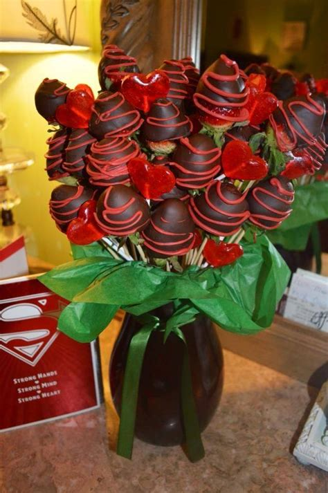 chocolate strawberry bouquets    gift idea