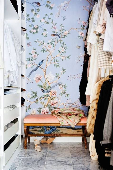 vogue wallpaper for bedroom best 25 peacock wallpaper ideas on pinterest chinoiserie vogue bedroom wallpaper