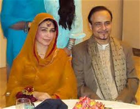 film star reema family pics film actress reema khan expecting her first child