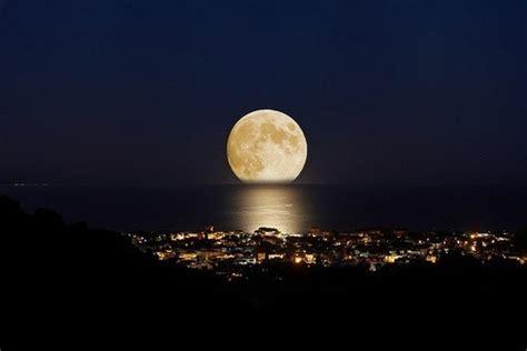 libro shadows on the nile 月亮升起来了 唯美图片大全