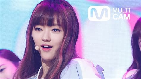 download mp3 gratis oh my girl closer fancam yoo a of oh my girl 오마이걸 유아 cupid m countdown